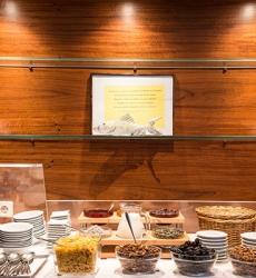 Breakfast Buffet - Hotel MARC AUREL - Vienna